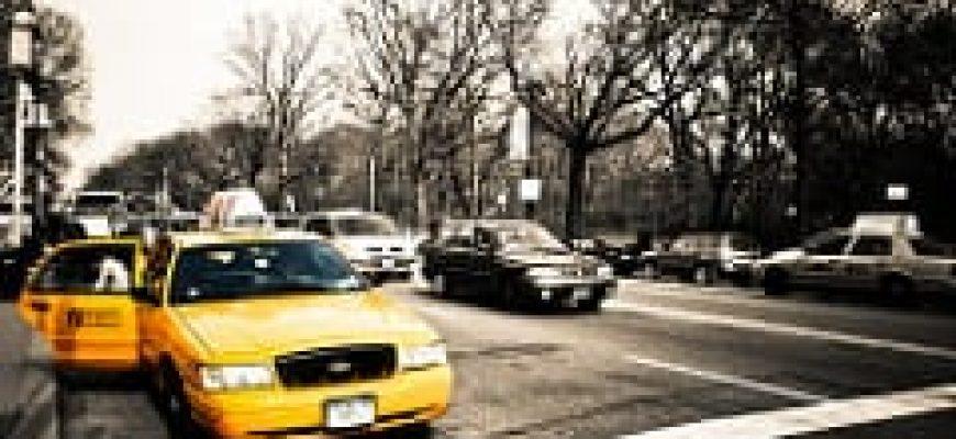"""נוסעים פחות מ-4,400 ק""""מ בשנה? נסיעה במונית תהיה זולה יותר מרכב פרטי"""