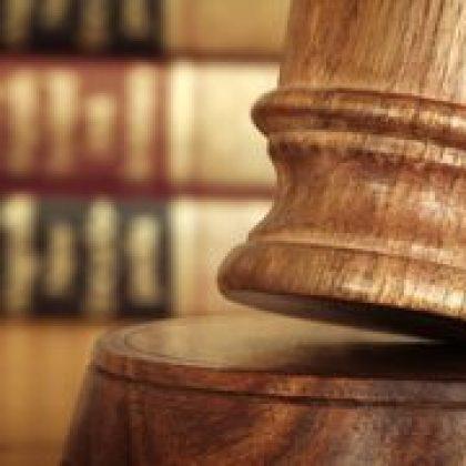"""בית המשפט קבע: החזר הוצאות רכב לעובד אינו חייב במס – הראל פרלמוטר, עו""""ד"""