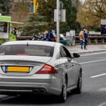 כמה עולה להחזיק מכונית ספורט חדשה בישראל?